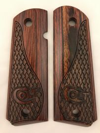 GOVERNMENT - FULL SIZE 1911 HANDGUN GRIPS ROSEWOOD WITH SNAKE SKIN DESIGN